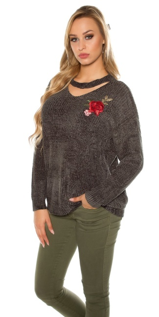 Trendy knit sweater with floral embroidery Khaki