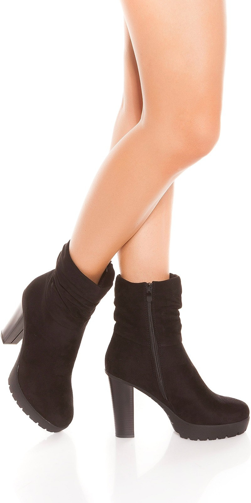 Trendy block heel ankle boots Black