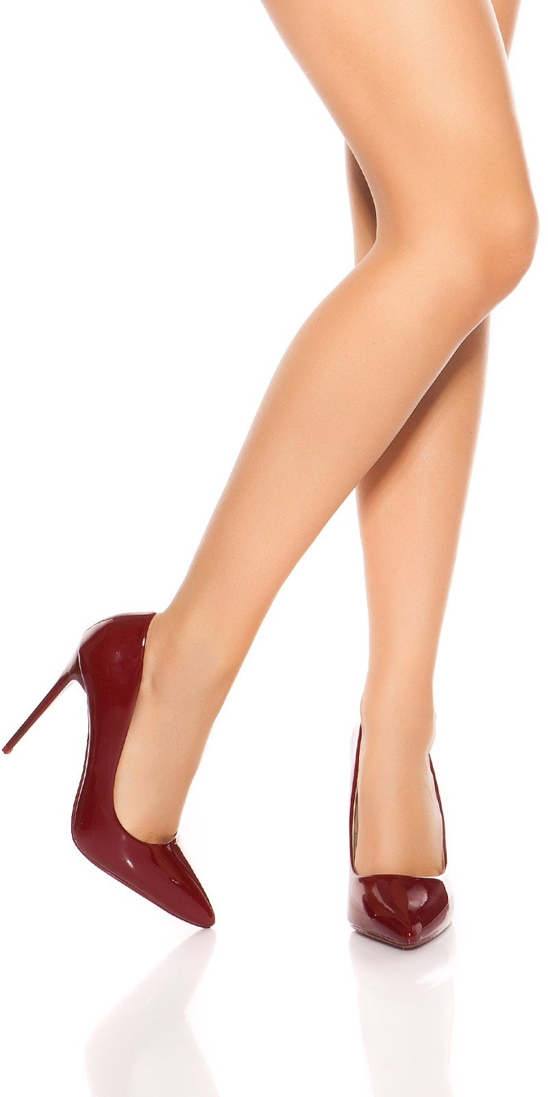 Sexy high heels in a lacquer look Bordeaux