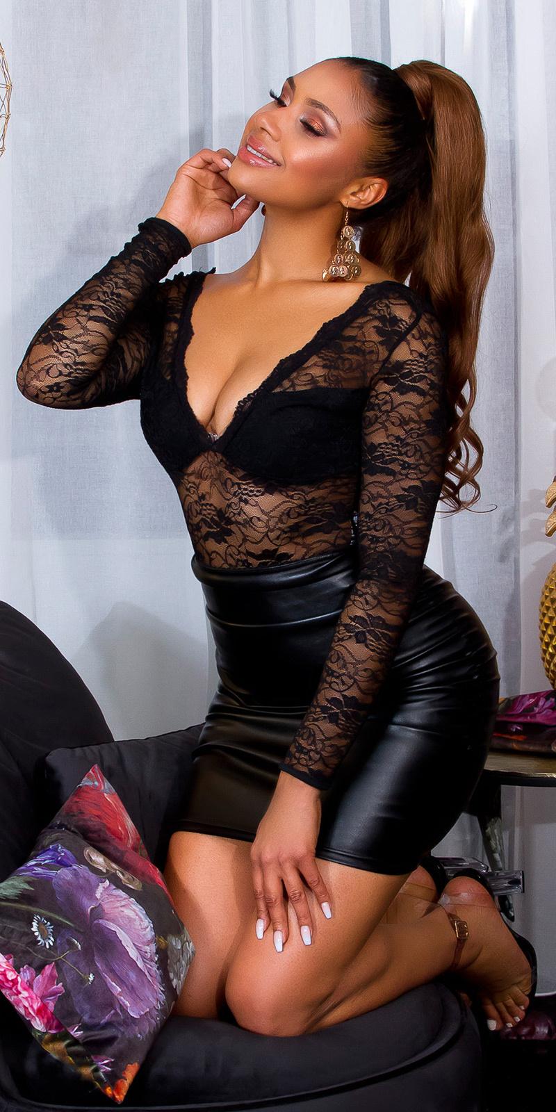 Sexy lange mouw kanten body met diepe halslijn zwart