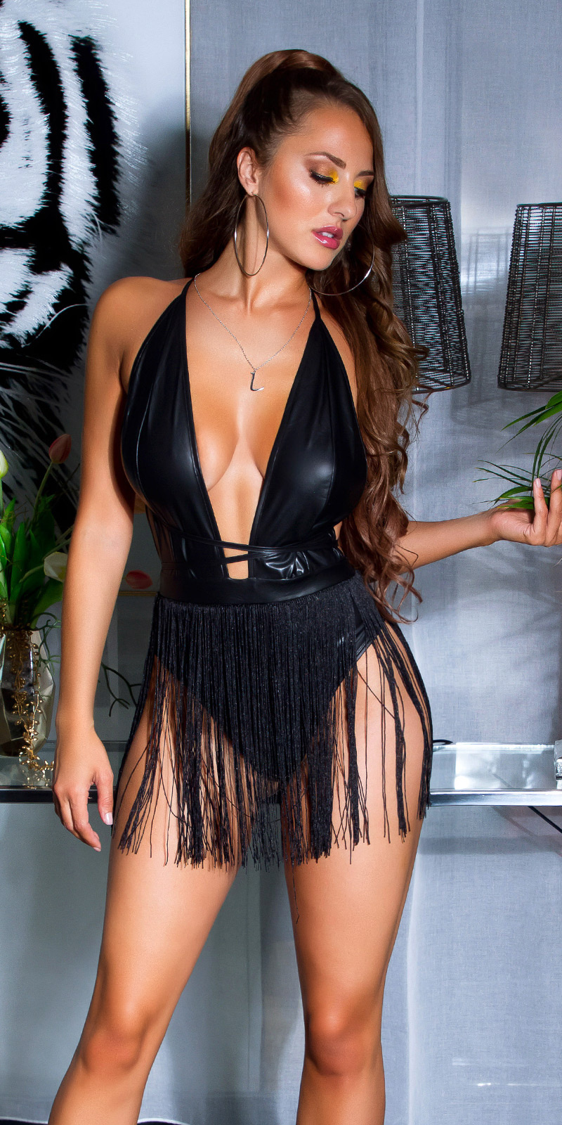 Sexy wetlook body met fringe-rok zwart