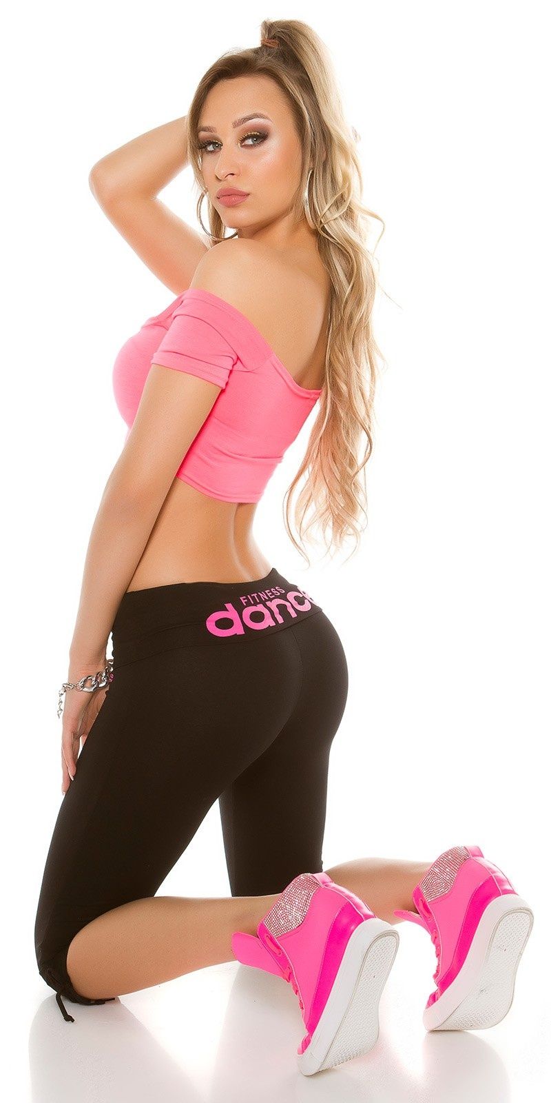 Trendy Sweat Workout Capri pants Black