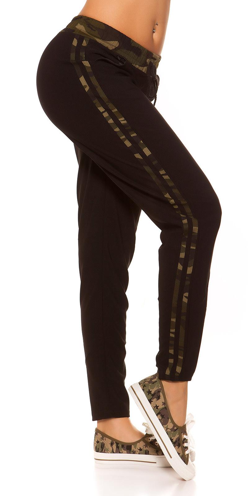 Trendy joggingbroek met camouflage strepen zwart