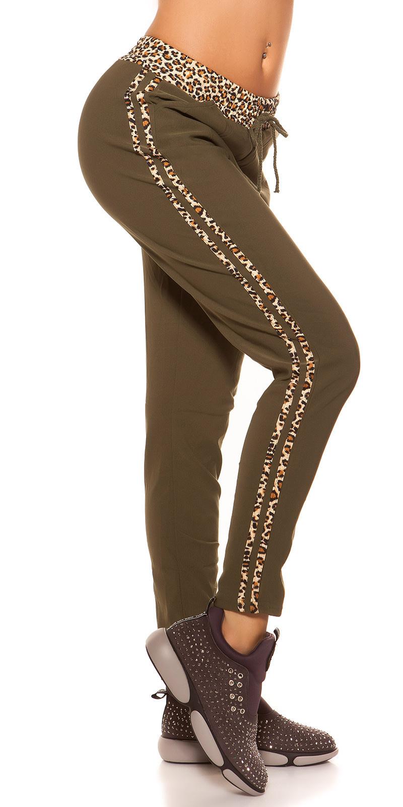 Trendy joggingbroek met luipaard strepen khaki