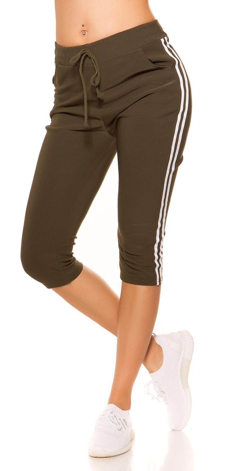 Trendy capri-driekwarts joggingbroek met contrast strepen khaki