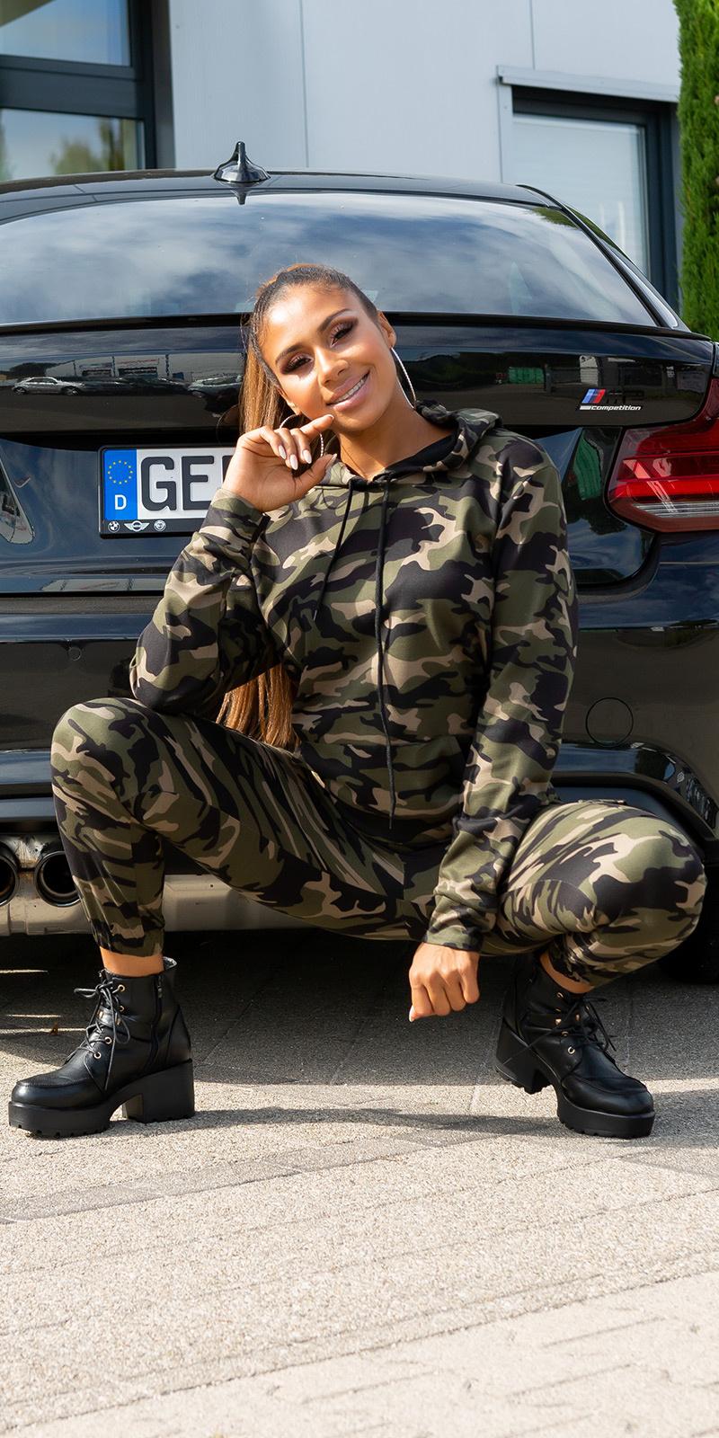 Sexy sporty 2-piece set military look khaki