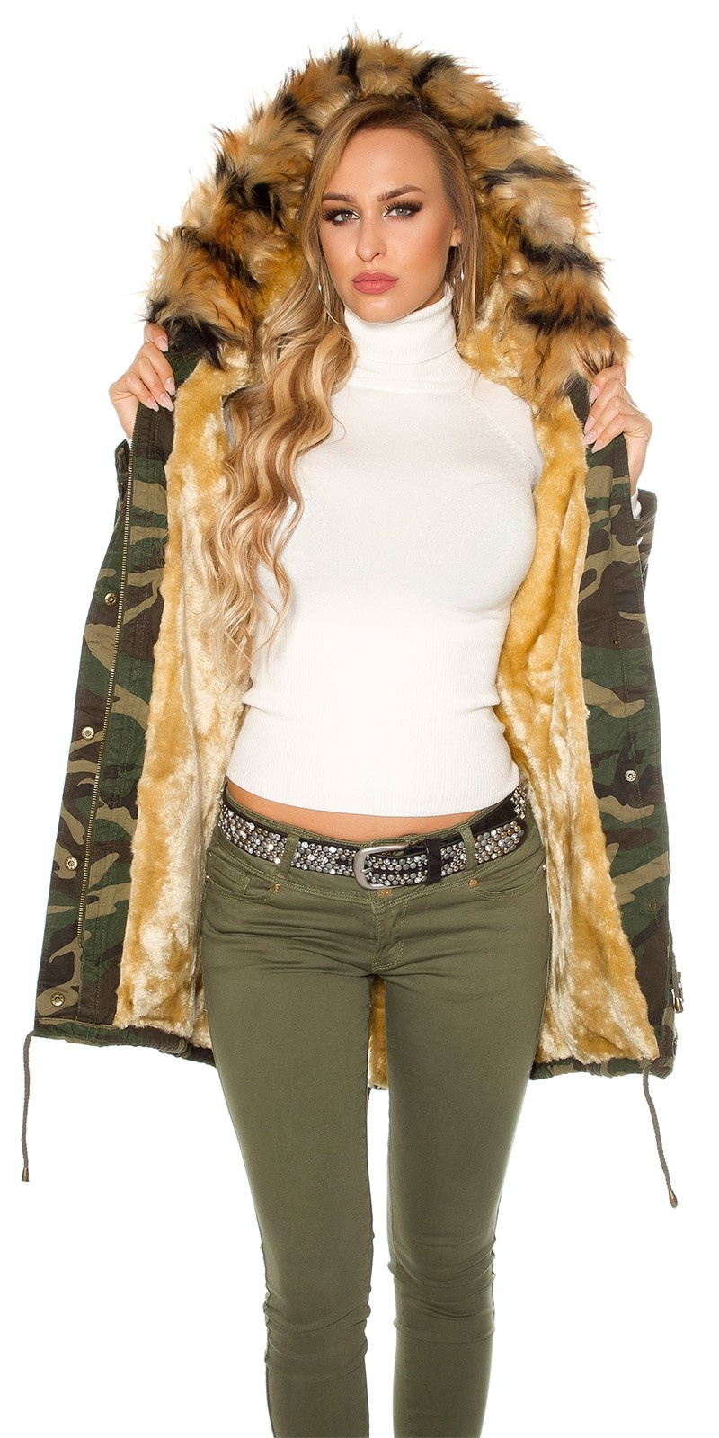 Trendy Camouflage Parka lined with fake fur Army