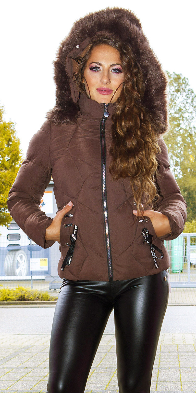 Sexy winter jacket w. fakeLacing + detachable hood Brown