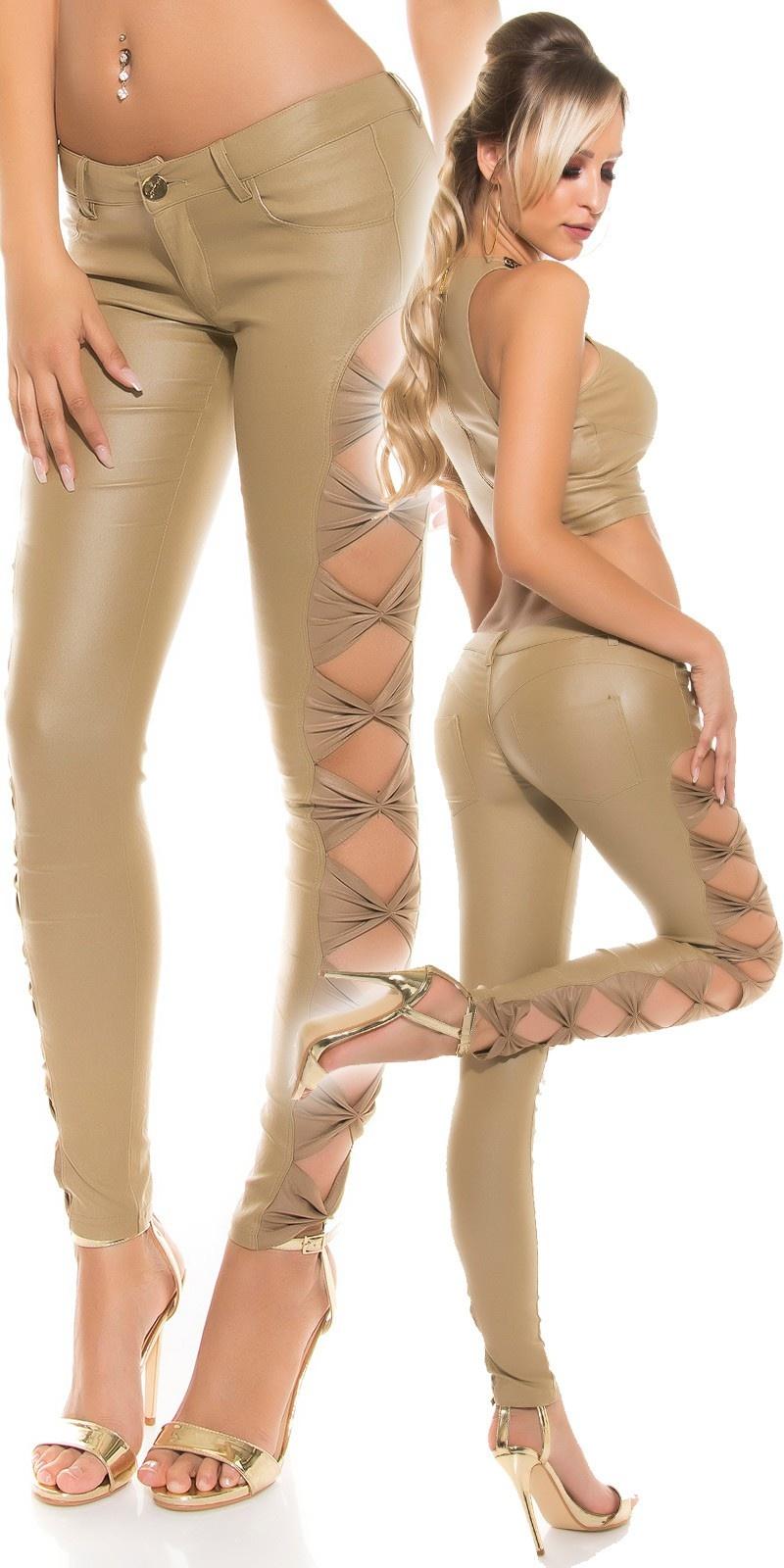 Leder-look broek met zij-openingen Beige