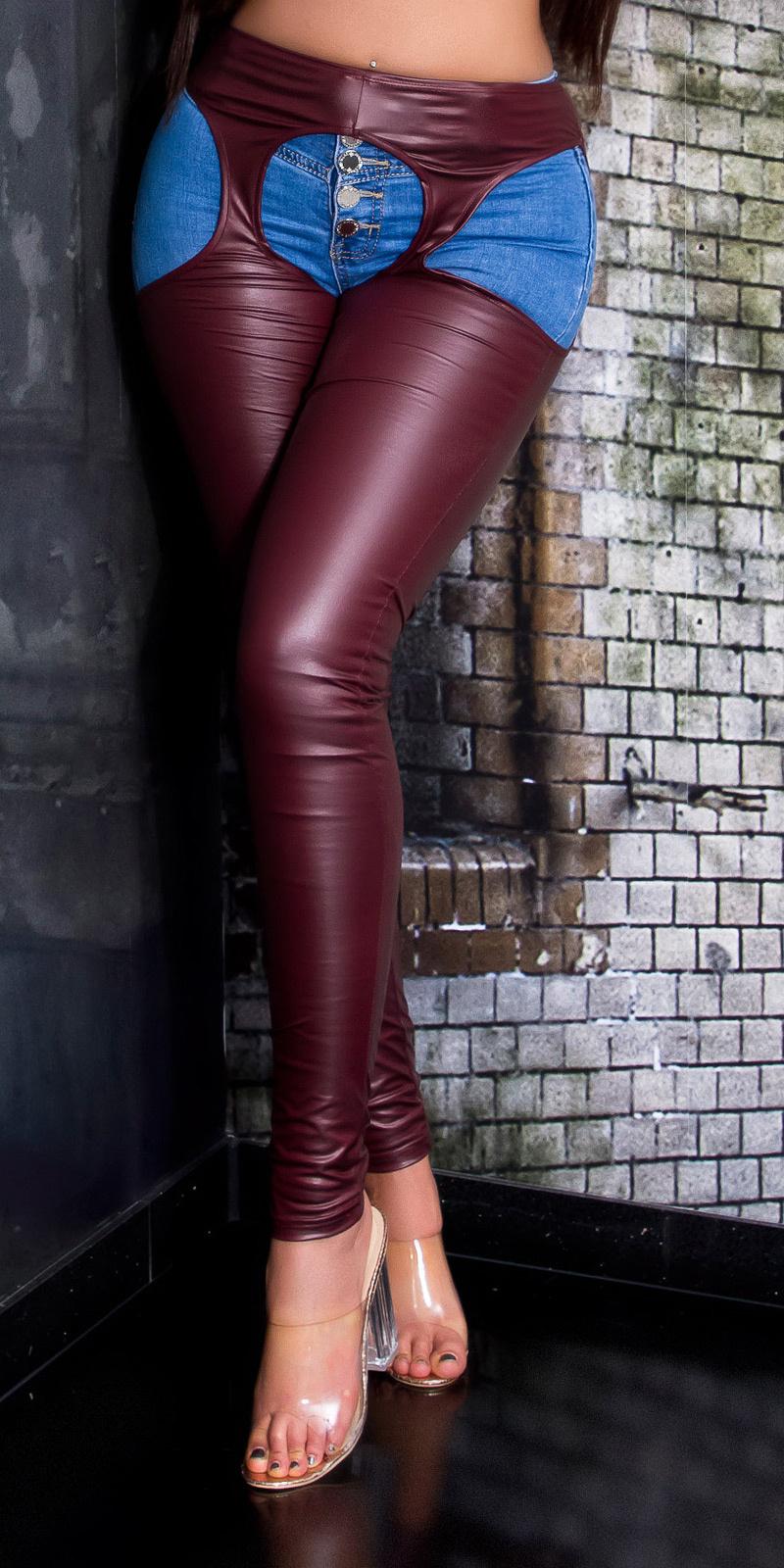 Sexy wetlook legging met uitsparingen bordeaux