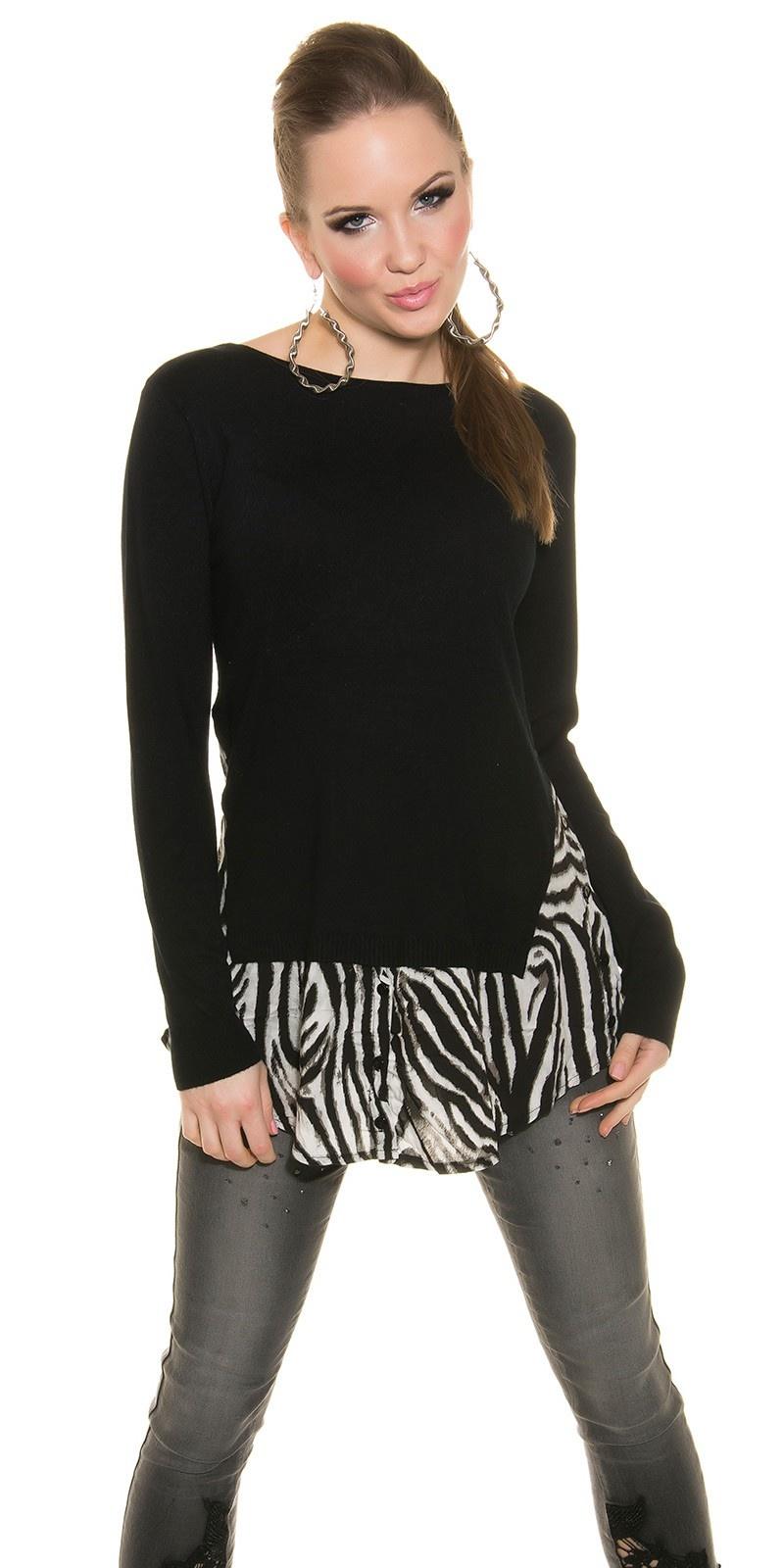 Trendy fijngebreide trui met dieren-print zwart