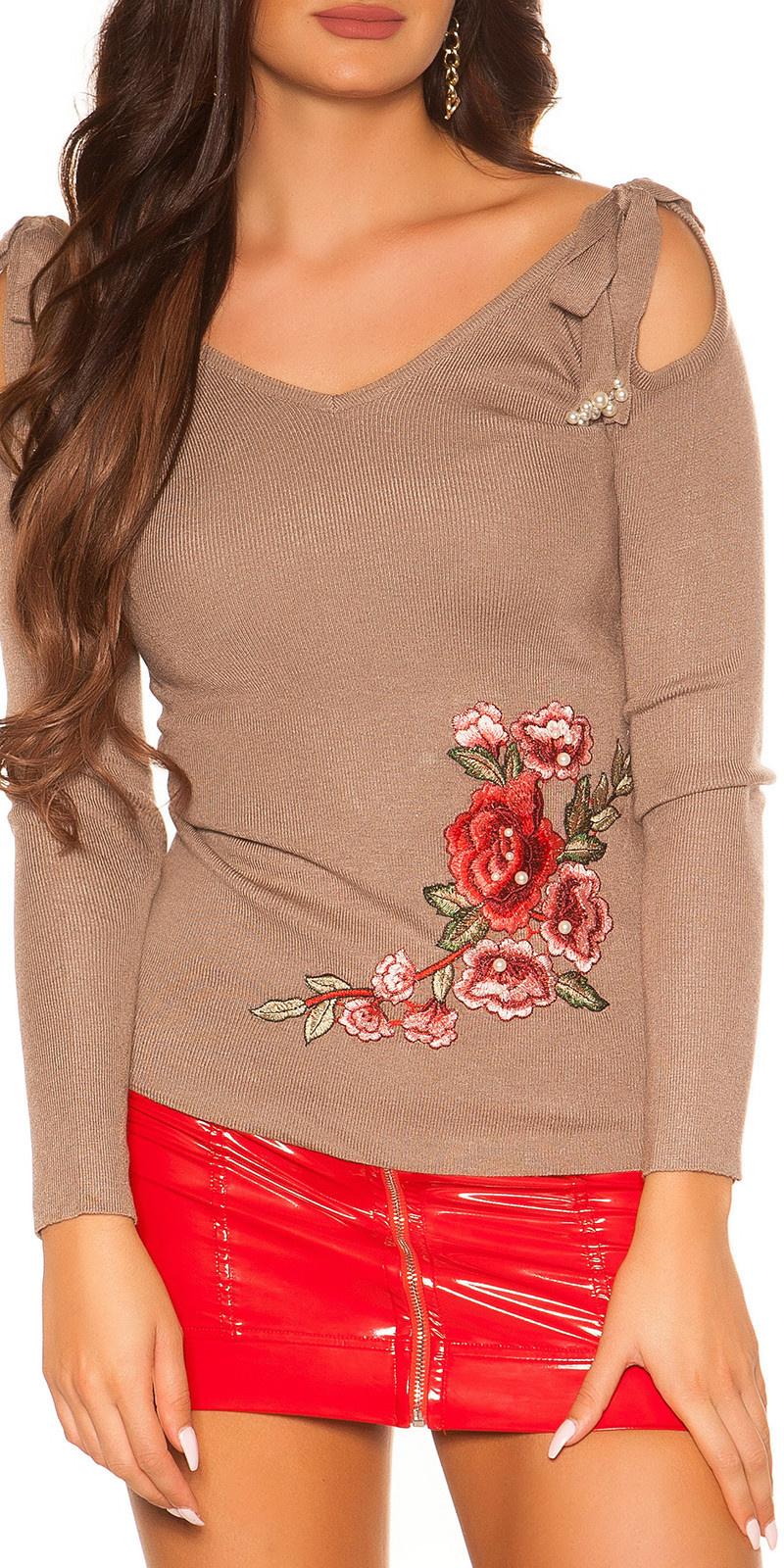Trendy blote schouder sweater-trui met borduurwerk cappuccino