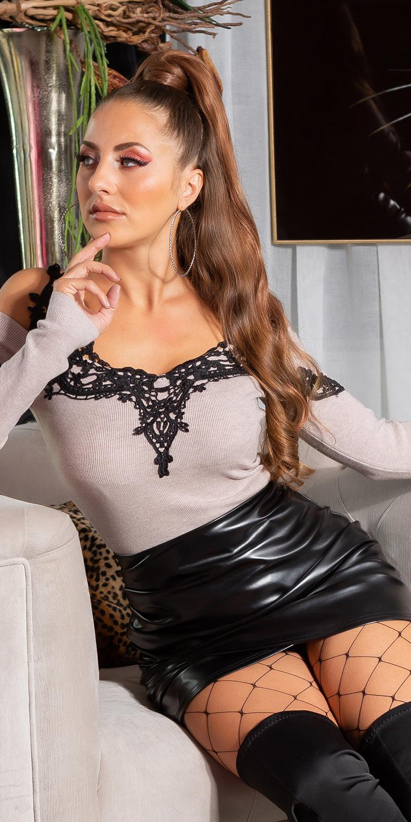 Sexy blote schouder-pullover met borduurwerk bruin