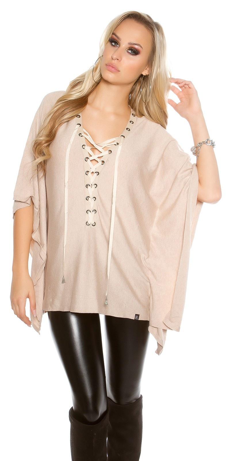 Trendy vleermuis - poncho look trui beige
