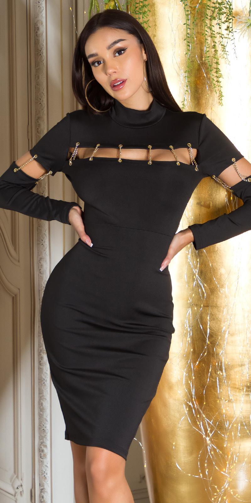 Sexy jurk met decoratieve kettingen rood