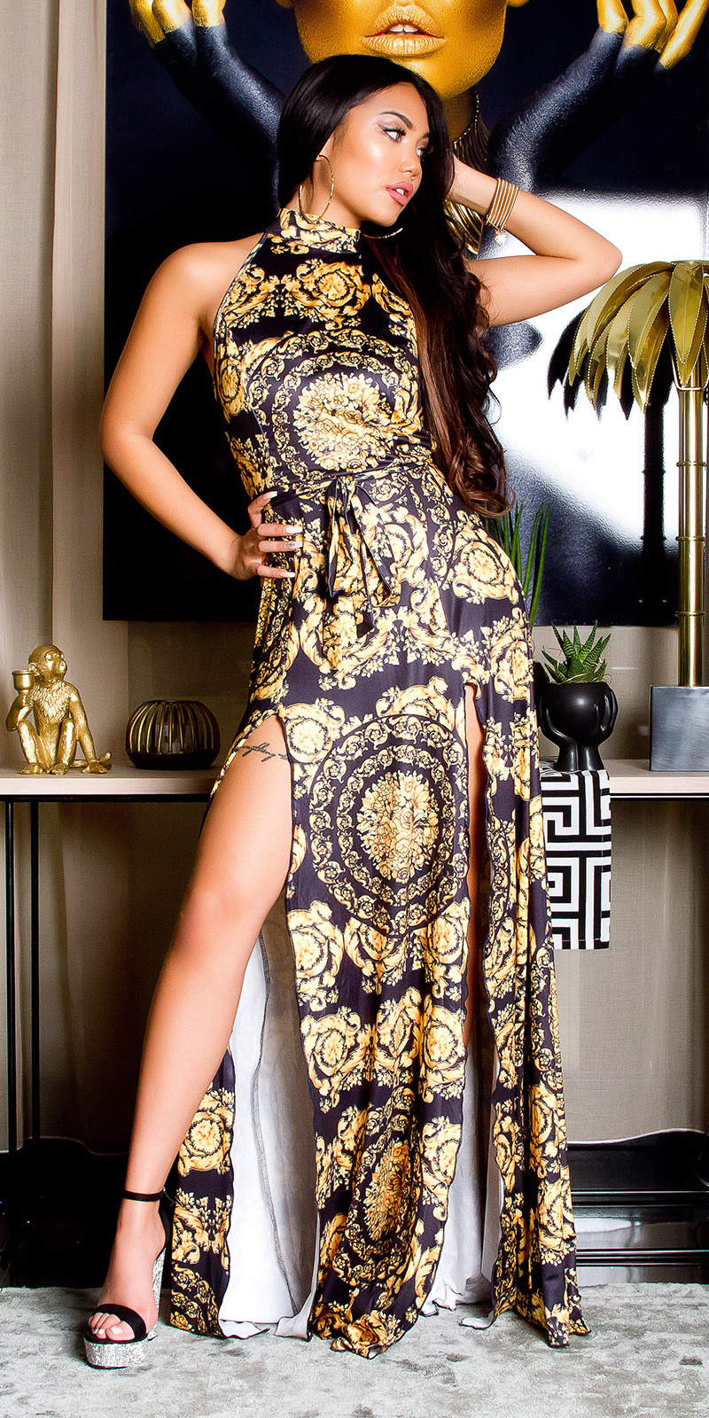 Sexy maxi halter jurk met print zwartgeel