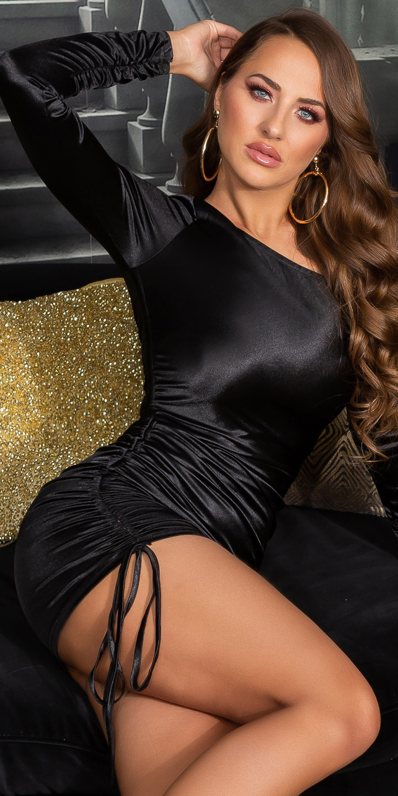 Sexy satijn-look een-schouder mini jurkje zwart