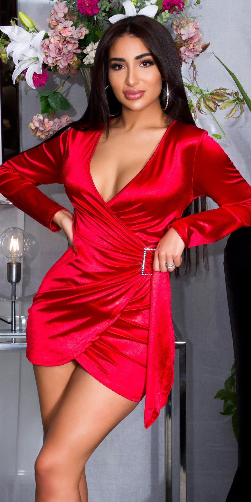 Sexy satijnen mini jurkje in wikkel-look rood