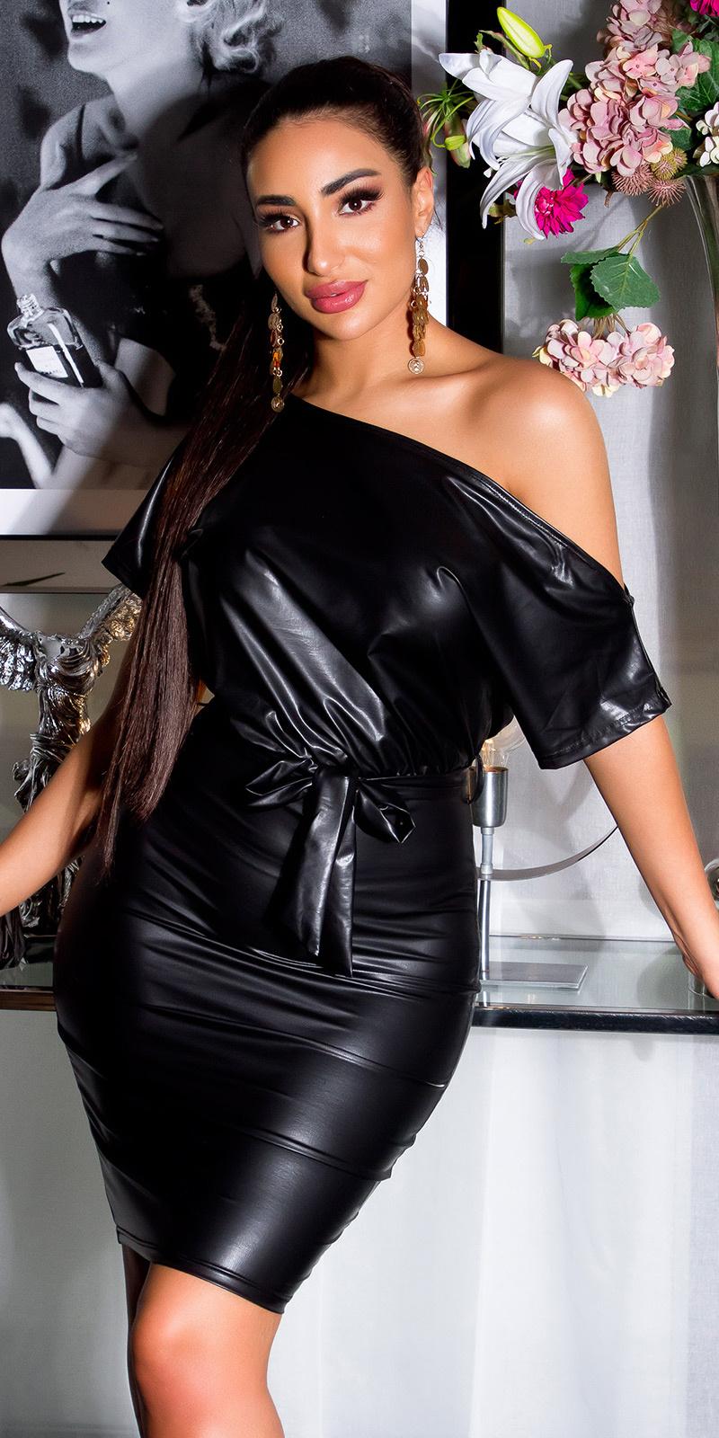 Sexy leder look minijurkje met riem zwart