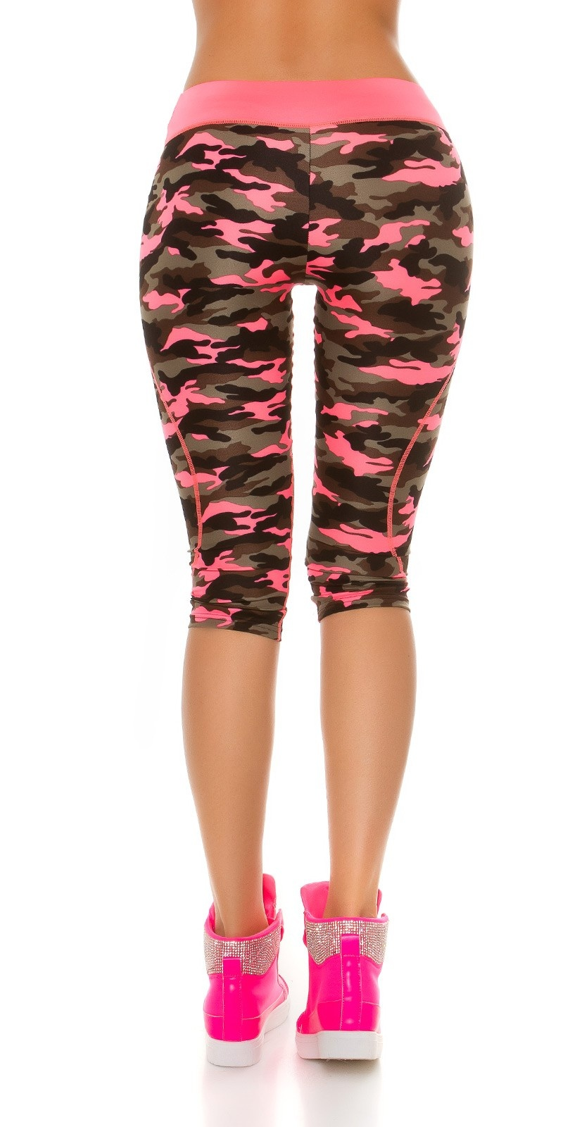 Trendy Workout Capri Leggings in Camouflage Neonfuchsia