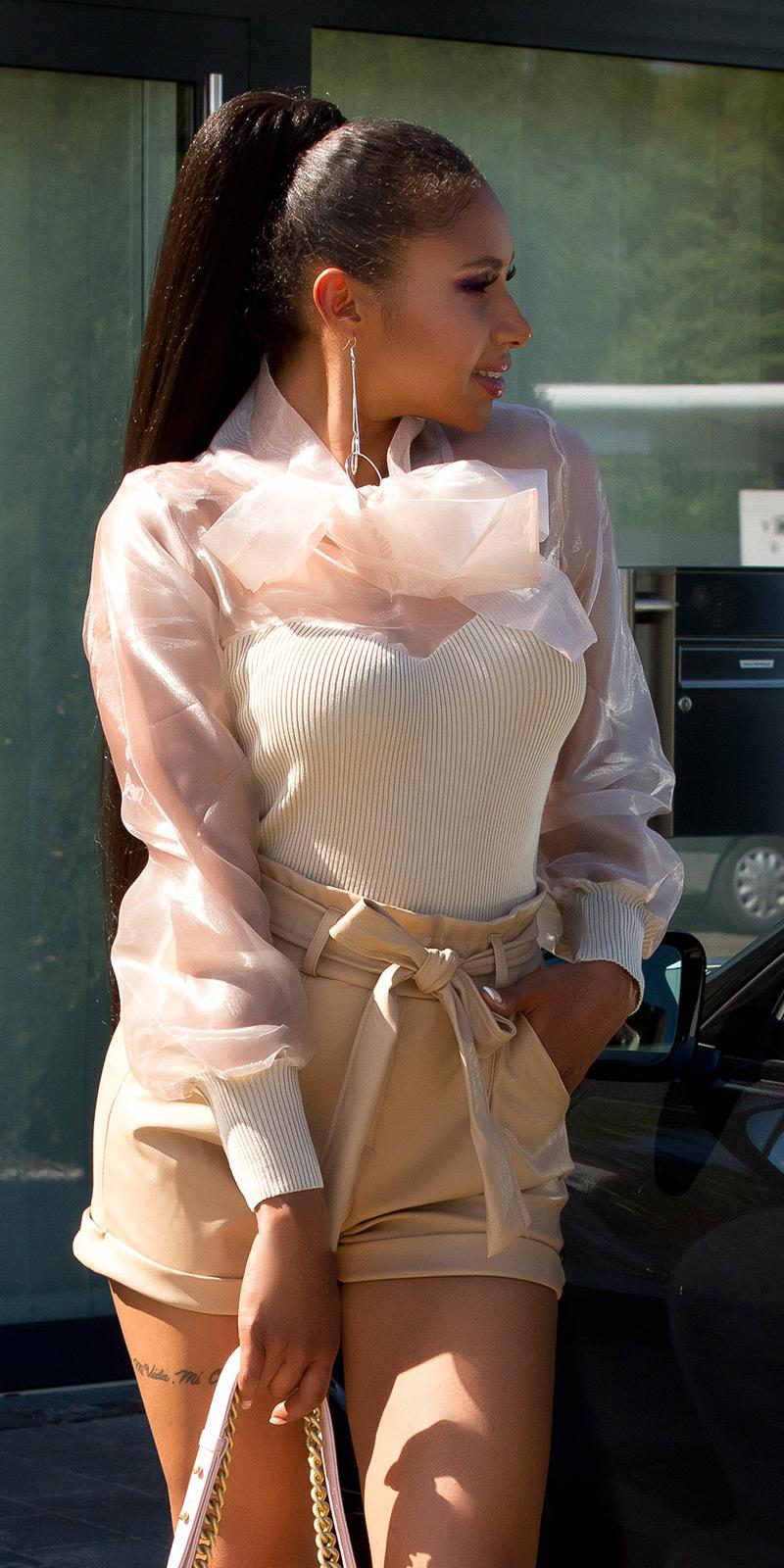 Sexy paperbag lederlook-shorts beige