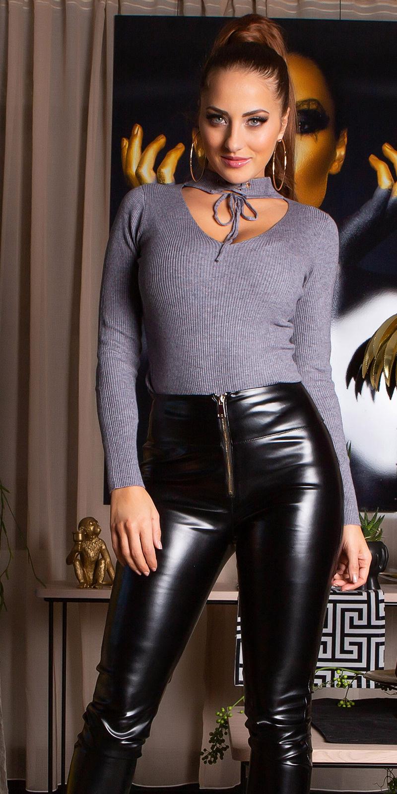 Sexy v-hals geribde trui grijs