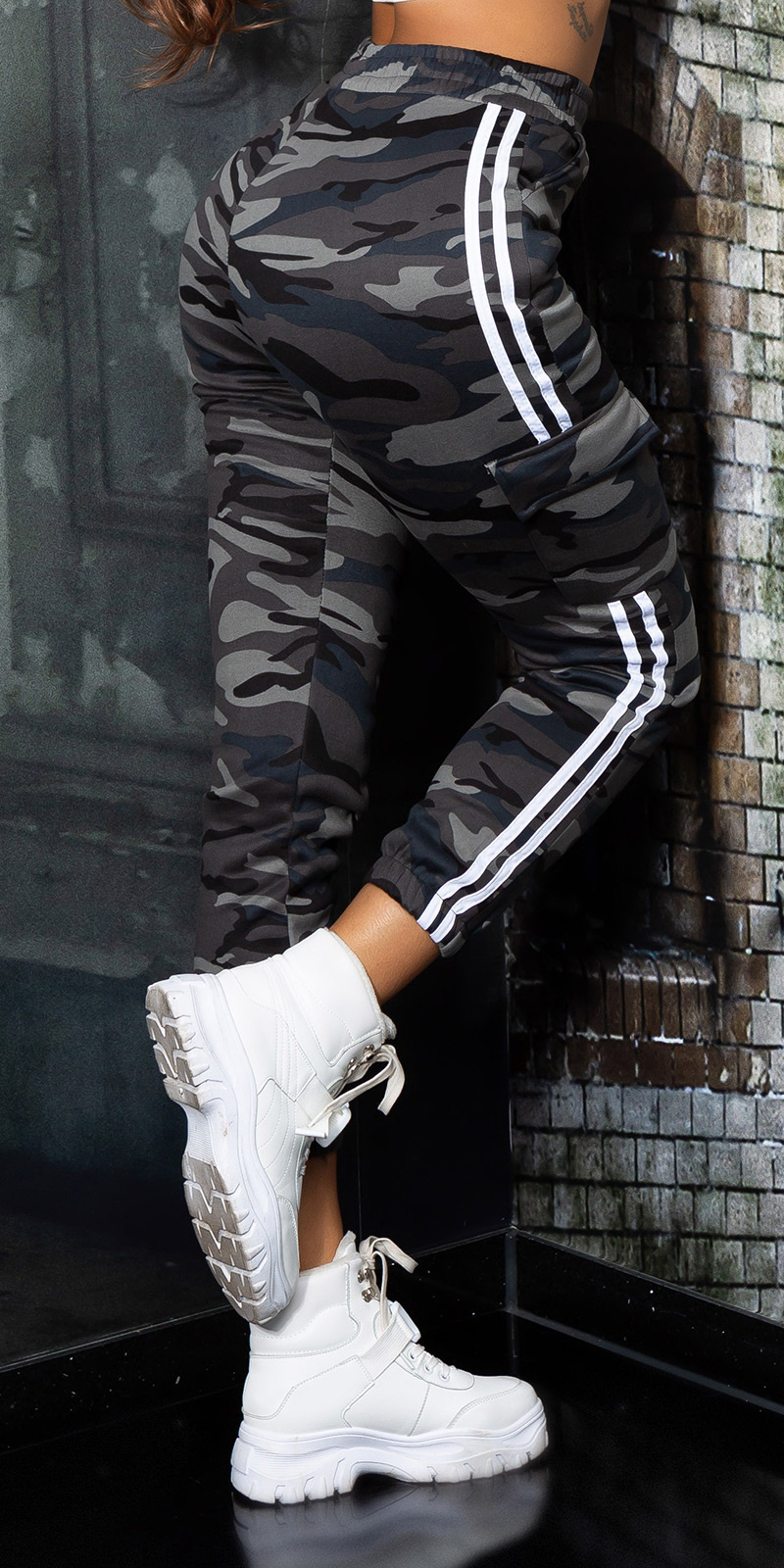 Sexy camouflage cargo thermo sweatpants grijs
