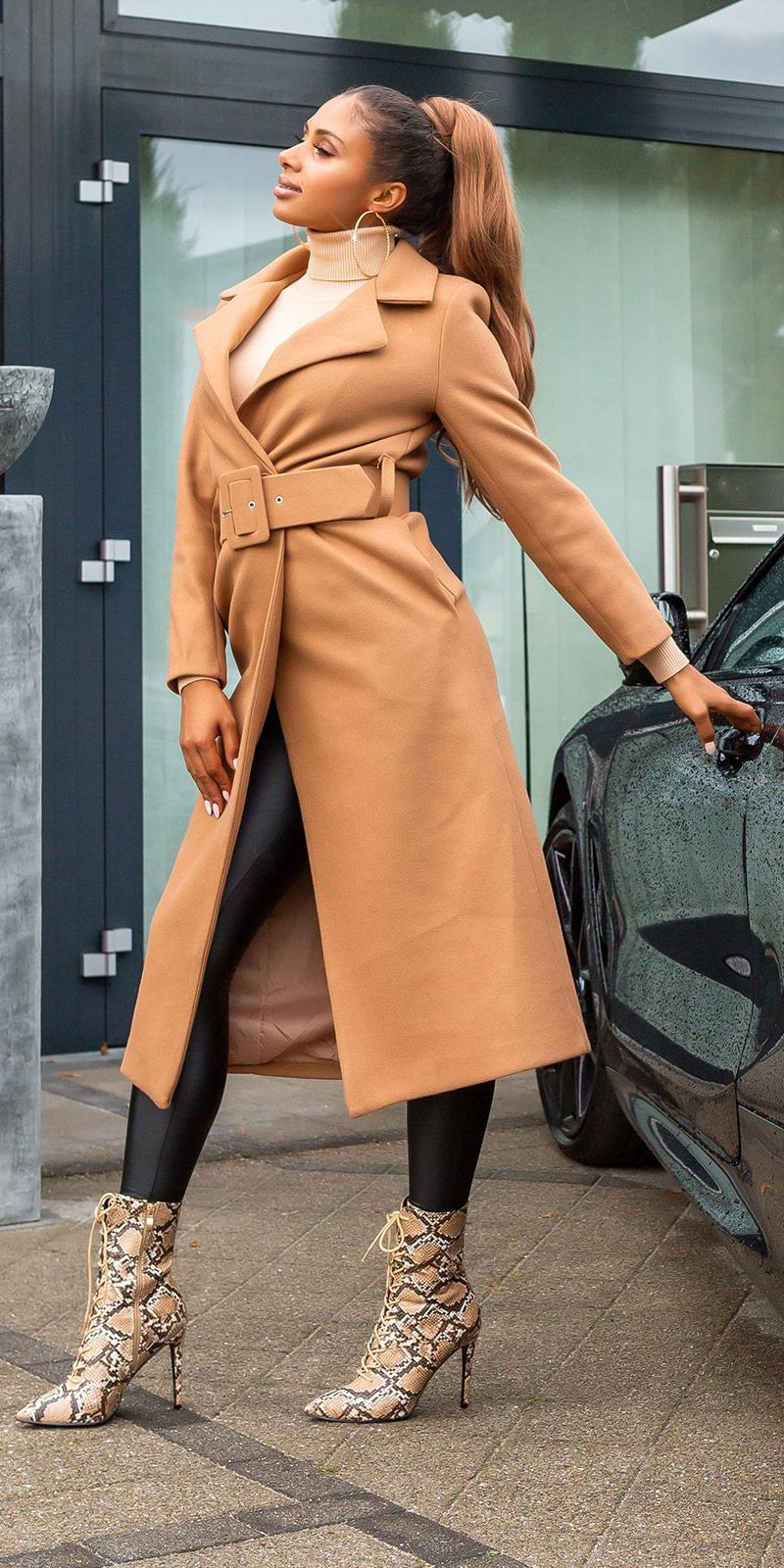 Trendy lange mantel met riem bruin