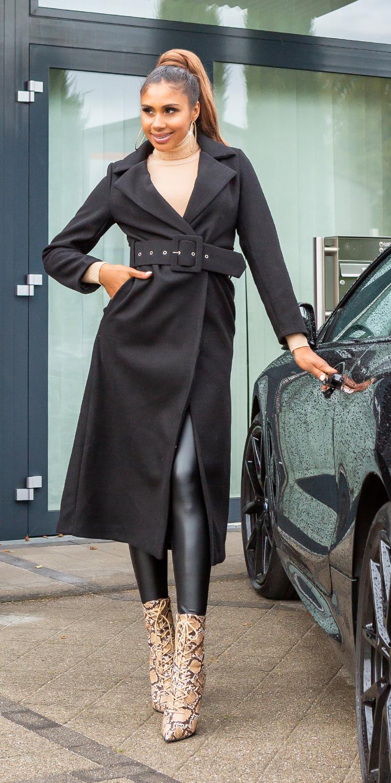 Trendy lange mantel met riem zwart