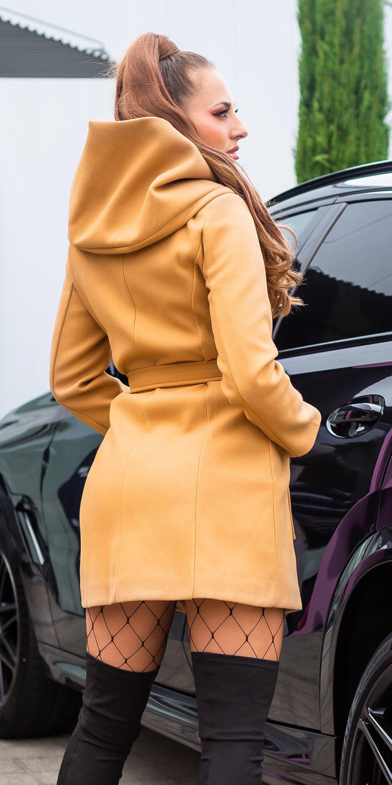 Sexy mantel met capuchon en riem bruin