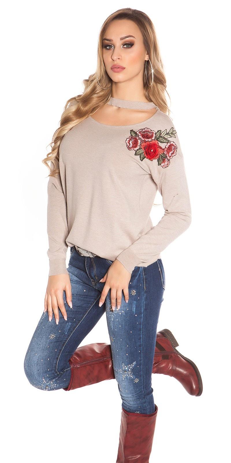 Trendy pullover met bloemen borduurwerk cappuccino