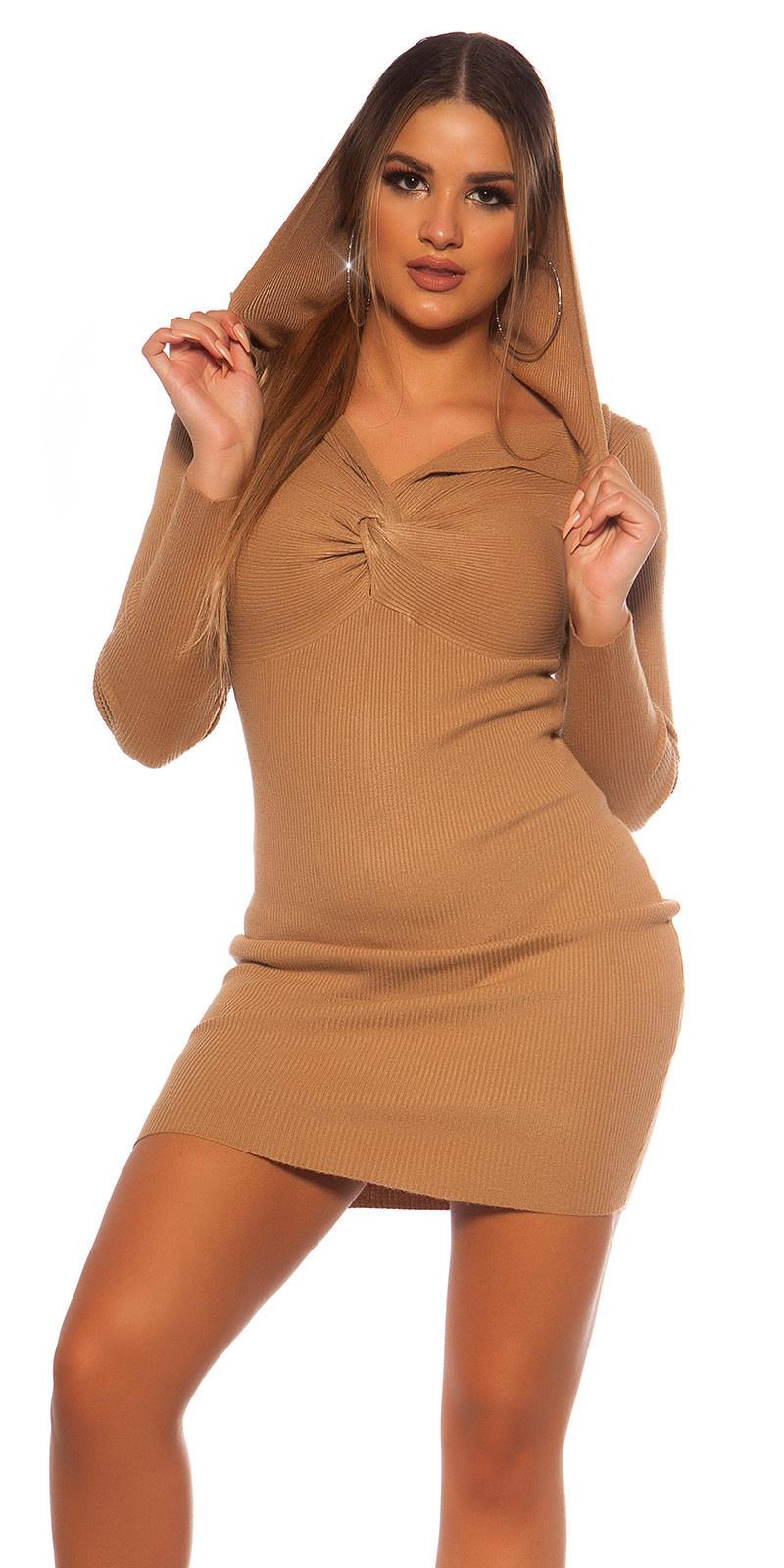 Sexy rib gebreid mini jurkje met v halslijn & capuchon beige