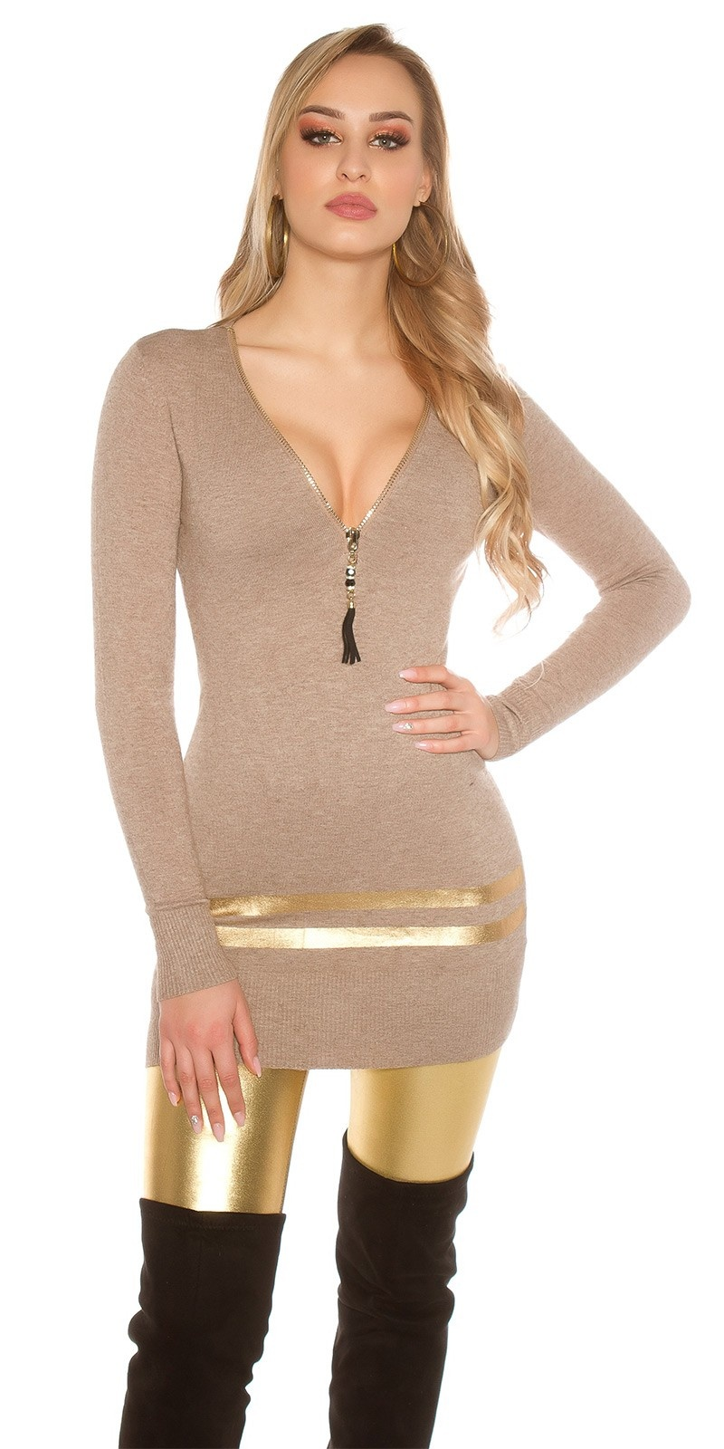 Sexy lange pullover/mini jurkje met gouden strepen cappuccino