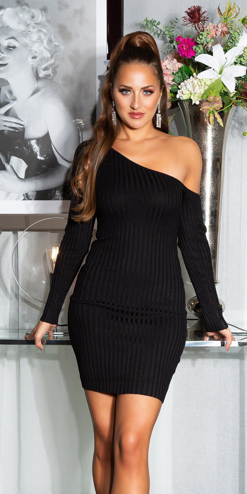 Sexy geribbelde een-schouder gebreide jurk zwart