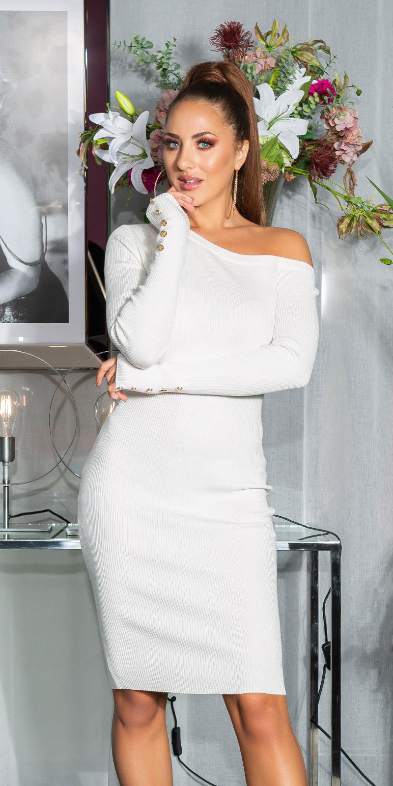 Sexy een-schouder gebreide jurk met decoratieve knopen wit