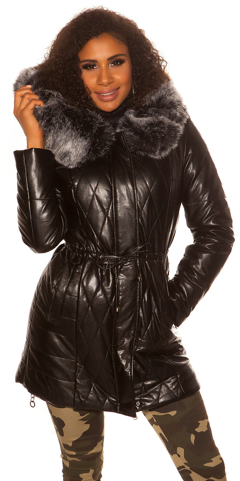 Trendy Winter Longjacket WITH hood, fur removable Black