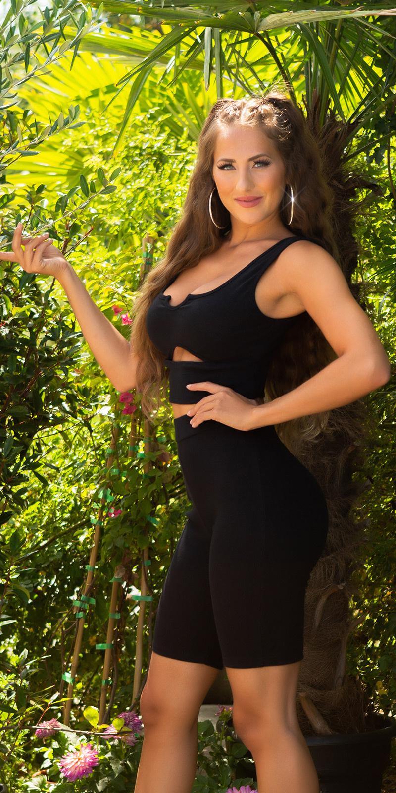 Sexy sporty set met front uitsparing zwart