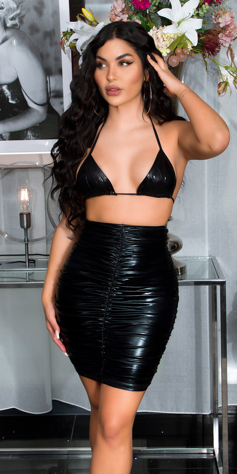 Sexy latex-look mini jurkje zwart