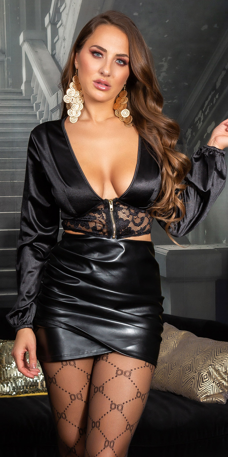 Sexy satijnlook crop top met kant detail zwart