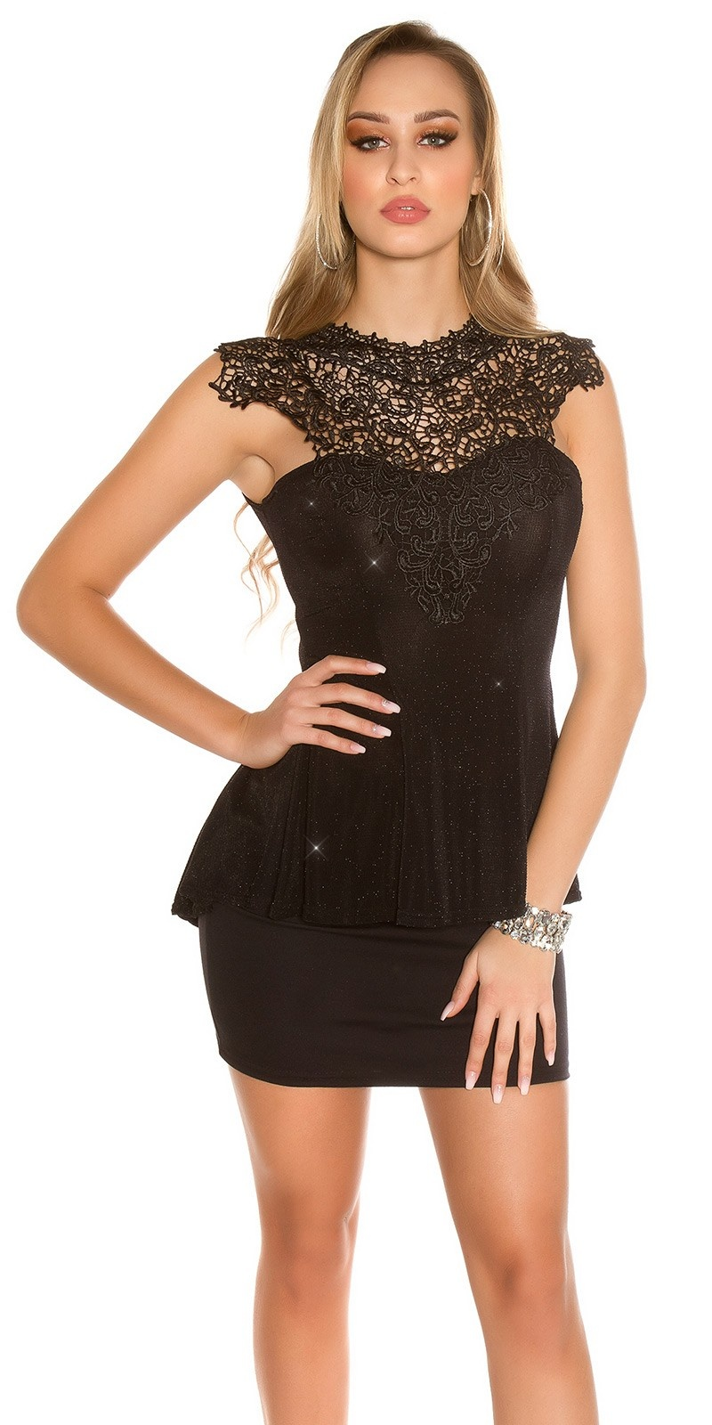 Sexy top with lace and peplum Black