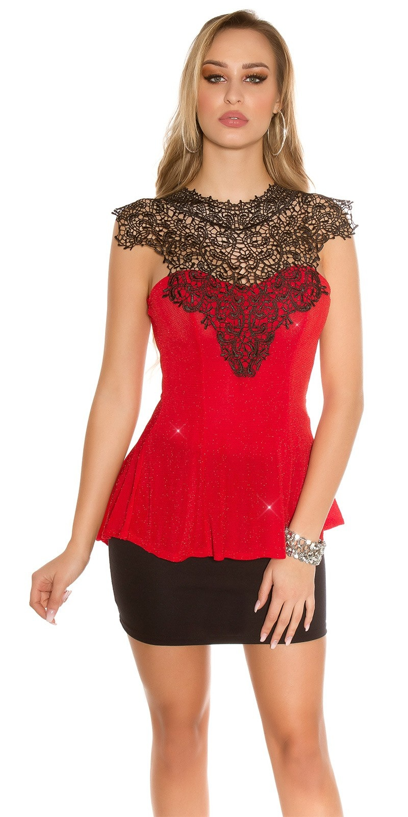 Sexy top with lace and peplum Red
