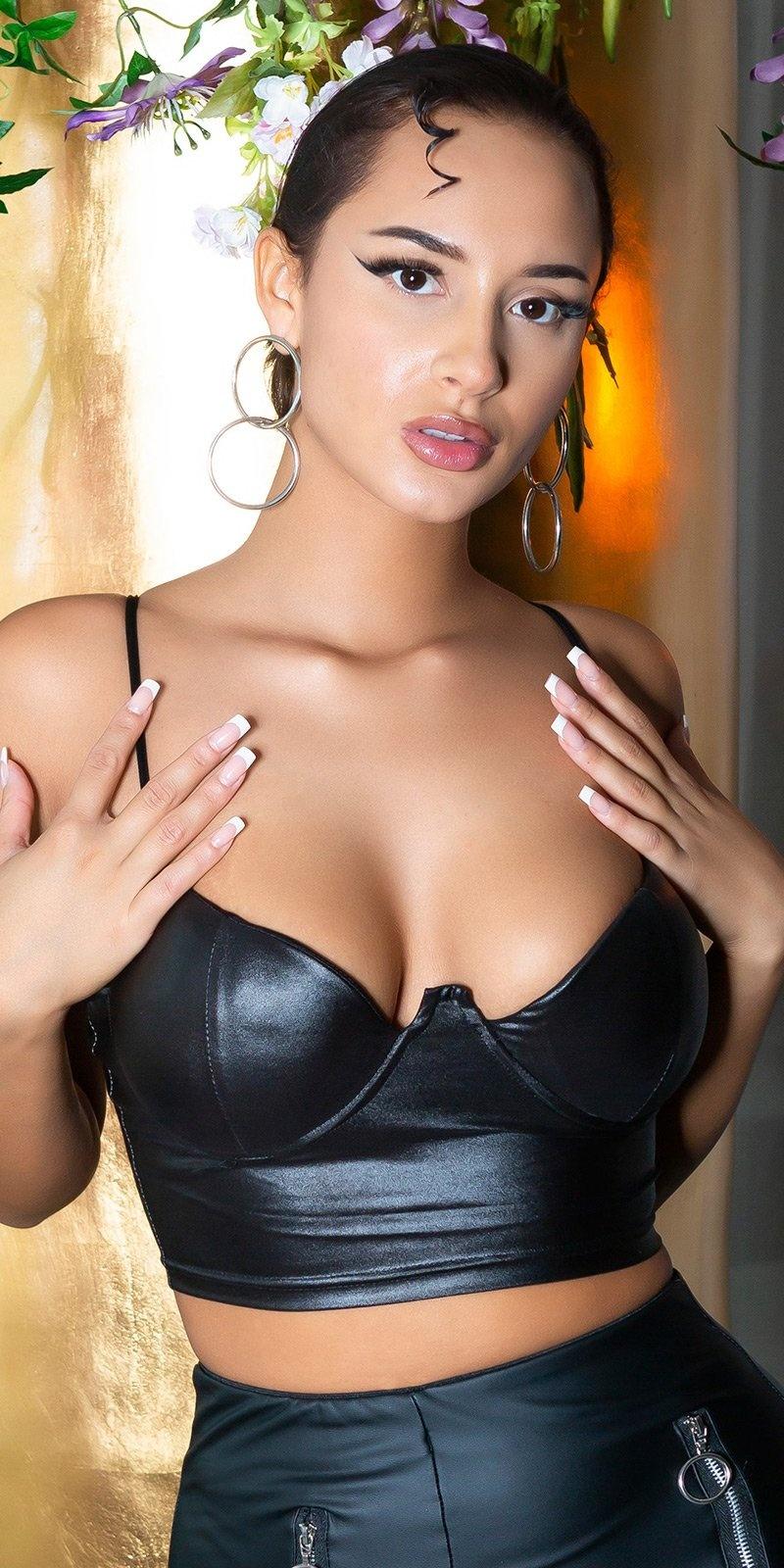 Sexy wetlook bustier / cropped top zwart