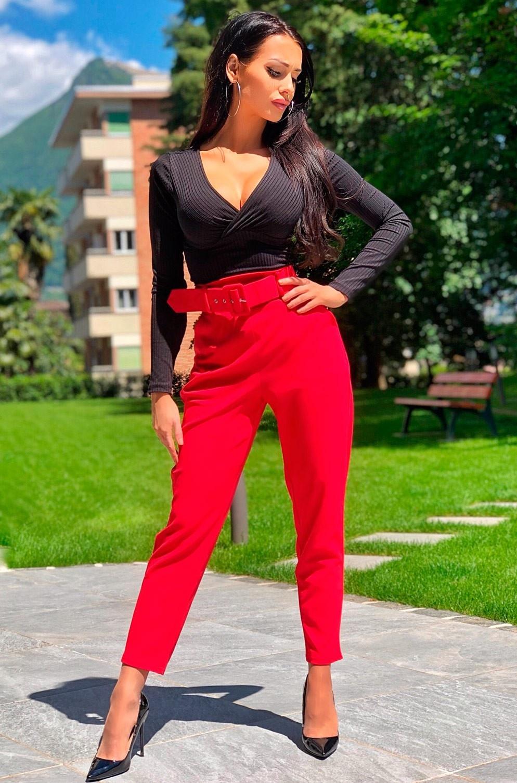 Demi cigarette broek met riem rood