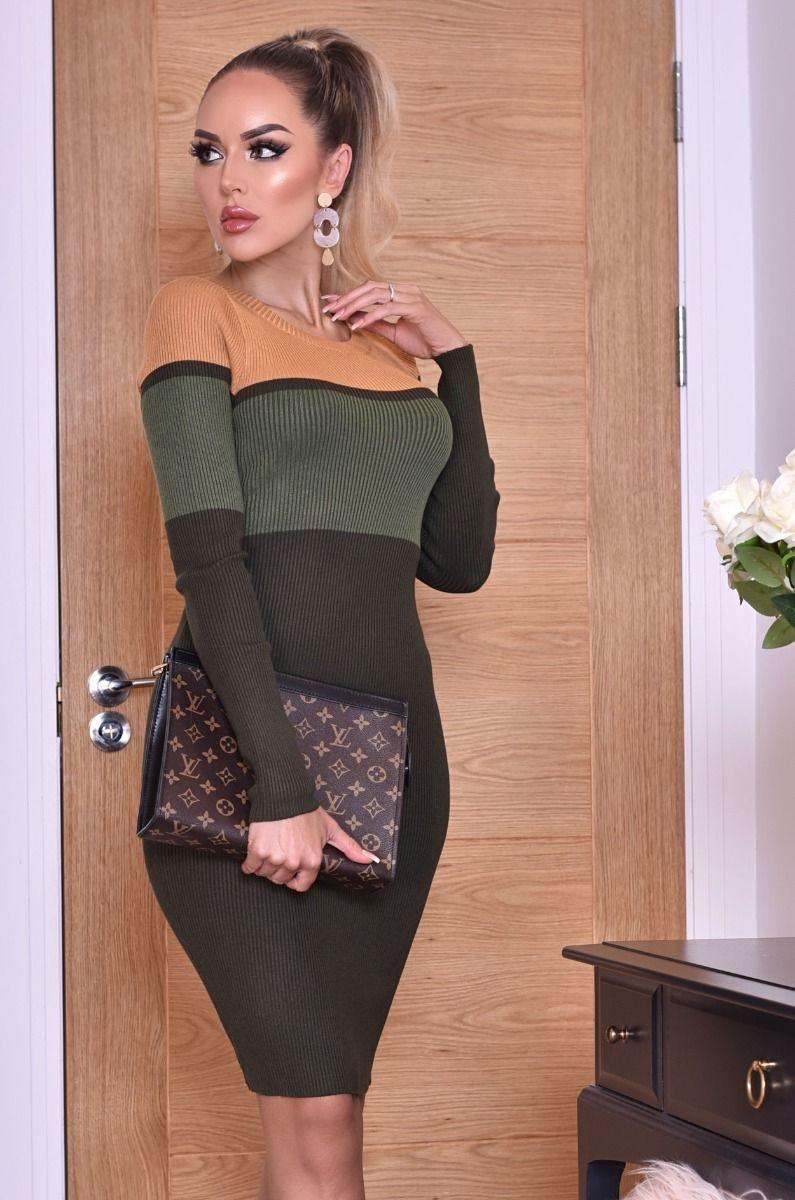 Jenna gekleurde blokken gebreide jurk khaki