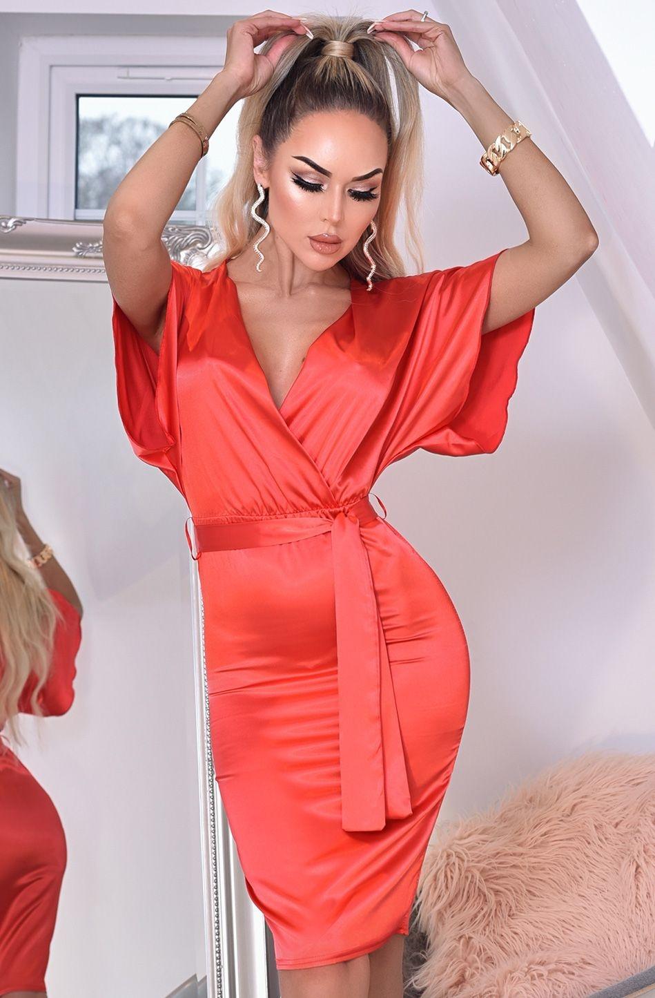 Elona zachte satijnen vleermuismouw jurk met riem rood