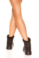 Trendy ankle boots, lined Black