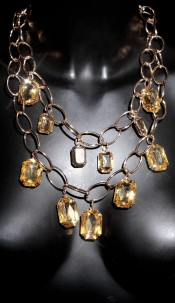 Trendy Statement-Piece with stones Gold