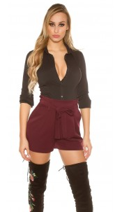 Sexy pleats shorts with integrated belt Bordeaux
