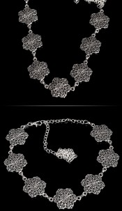 Trendy chain belt flower look elements Silver