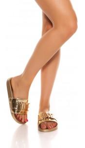 Trendy slippers